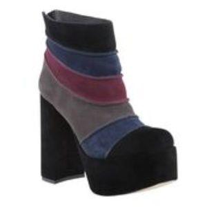 ZIGI Groove Suede Leather Platform Boots size 7
